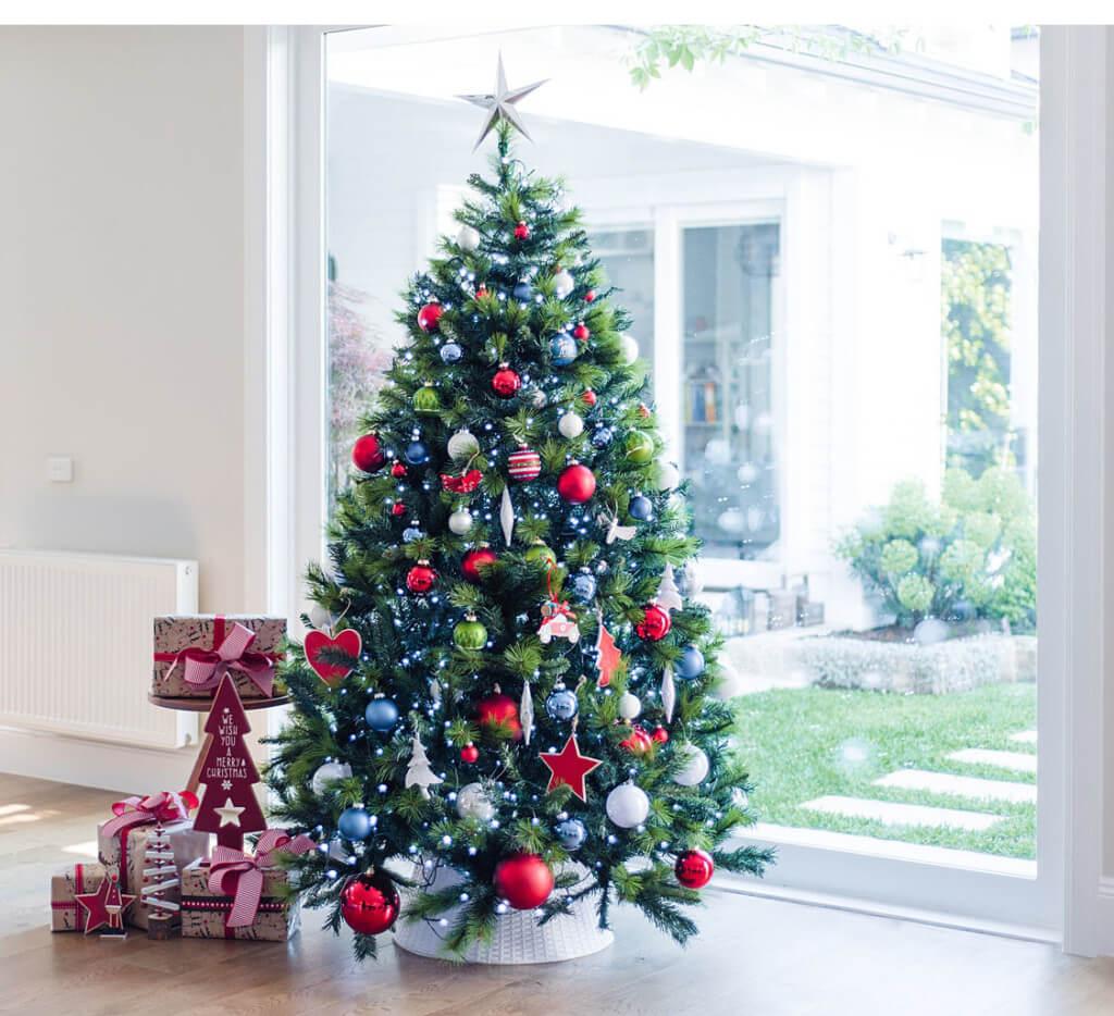 glassvsshatterproof-purely-christmas-blog-2d-1-1024x934